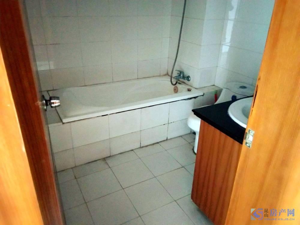 出售澳宇花园电梯花园洋房3室2厅1卫103平米182万住宅