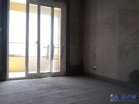 珠江御景,地铁口500米,双阳台,毛坯大两房,景观楼层