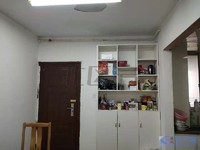房子值哭了,精装修101平仅租2500元,24小时看房,房源绝对真实,欢迎咨询