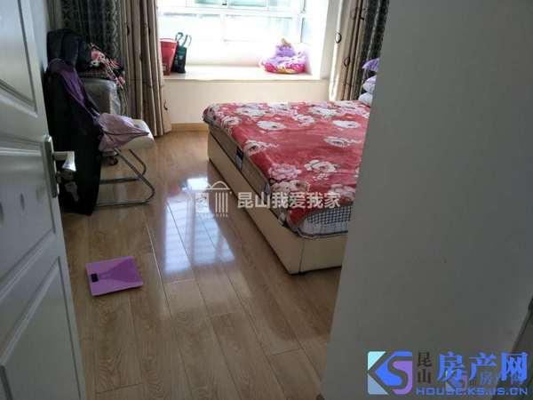 城北高品质小区,3室2厅整体出租,包物业,价格便宜