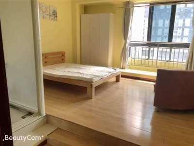 九方城单身公寓 配套齐全 独立卫生间包宽带 物业价格900-2500不等看房方便