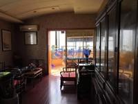 峰水佳苑独栋别墅,占地1亩多花园非常大,精装修,房东出国急卖,看房基本随时。