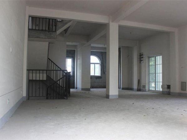 千灯逸墅大面积联排别墅300平送一层地下室有别墅哪里分宜图片